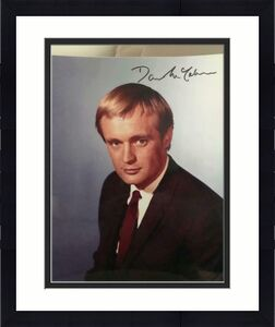 DAVID MCCALLUM HAND SIGNED OVERSIZED 11x14 COLOR PHOTO+COA       MAN FROM UNCLE
