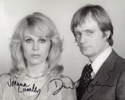 DAVID MCCALLUM+JOANNA LUMLEY HAND SIGNED 8x10 PHOTO+COA           SAPPHIRE+STEEL
