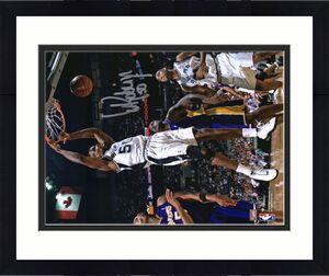 "David Robinson San Antonio Spurs Autographed 8"" x 10"" Dunk vs. Los Angeles Lakers Photograph"