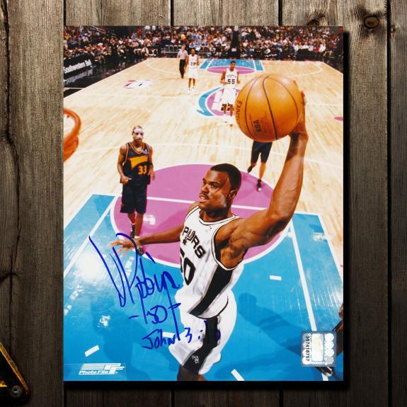 David Robinson San Antonio Spurs Autographed 8x10 Photo