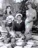 DAWN WELLS+TINA LOUISE HAND SIGNED 8x10 PHOTO        GINGER+MARY ANN        JSA