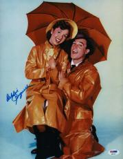 Debbie Reynolds Signed Singin' In The Rain 11x14 Photo Psa Coa P64310