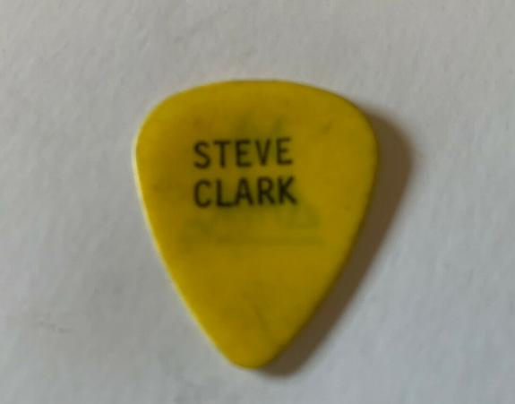 Def Leppard Vintage STEVE CLARK Black On Yellow Tour Issued Used Guitar Pick