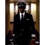 Denzel Washington Signed Flight 11x14 Photo Beckett