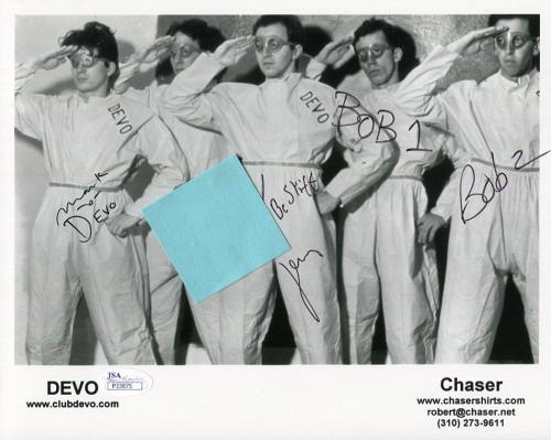 DEVO HAND SIGNED 8x10 GROUP PHOTO       SIGNED BY 4 MARK MOTHERSBAUGH        JSA
