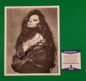 """Diana Ross Signed 8""""x10"""" Photo Beckett Authenticated Bas Coa - The Supremes"""