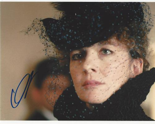"DIANE KEATON - Movies Include ""THE GODFATHER"", ""PLAY IT AGAIN SAM"", and ""SLEEPER"" Signed 10x8 Color Photo"