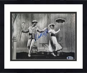 DICK VAN DYKE MARY POPPINS Signed 8x10 Photo Beckett BAS COA A