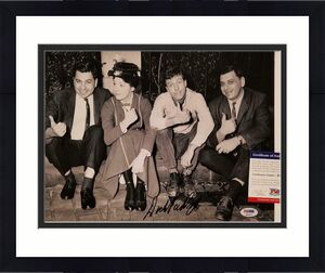 Dick Van Dyke signed Mary Poppins 11x14 Photo #9 Autograph ~ PSA/DNA COA