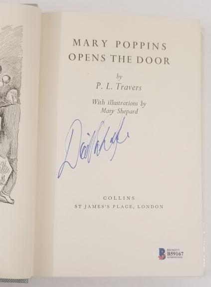 DICK VAN DYKE Signed Vintage 1966 MARY POPPINS Hardcover Book BSA Beckett COA
