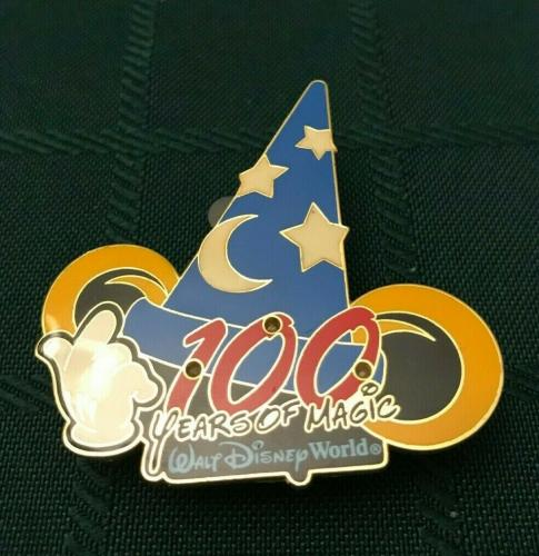 Disney Epcot 2002 Sorcerer Mickey Mouse Light Up Hat Collectible Pin Authentic