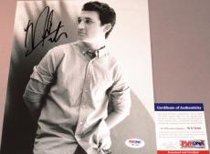 DIVERGENT!!! Miles Teller Signed THE SPECTACULAR NOW 8x10 Photo #2 PSA/DNA