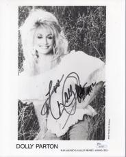 DOLLY PARTON AUTOGRAPHED 8x10 PHOTO        BEAUTIFUL COUNTRY SINGER          JSA