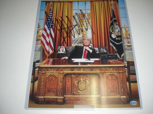 Donald Trump 45 President,biilionaire #2 Full Beckett Letter Signed 11x14 Photo