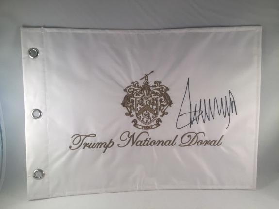Donald Trump Signed Trump National Doral Flag Pin Flag Psa Dna Loa