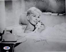 DORIS DAY HAND SIGNED 8x10 PHOTO      SEXY POSE IN BUBBLE BATH      RARE     PSA