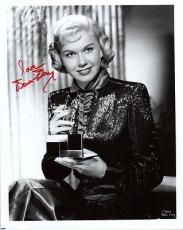 DORIS DAY SIGNED AUTOGRAPHED 8x10 PHOTO HOLLYWOOD SCREEN LEGEND PSA/DNA