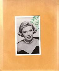 Doris Day-signed vintage post card-pose 17