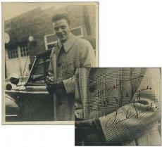 Early Frank Sinatra Signed Autographed Photograph (from Babysitter) PSA/DNA