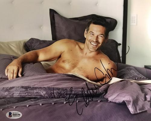 Eddie Cibrian (Shirtless In Bed) Signed 8x10 Photo Beckett BAS