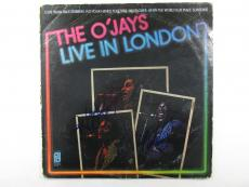 Eddie Levert & Walter Williams Signed Album The O'Jays Live in London 2 AUTOS
