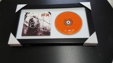 Eddie Vedder Autographed Framed Pearl Jam Vs. Cd Cover Signed Jsa Loa Rare Proof