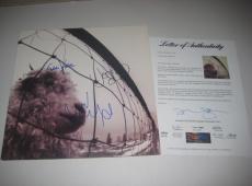 EDDIE VEDDER, MIKE McCREADY & JEFF AMENT Signed PEARL JAM VS. Album w/ PSA LOA