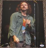 Eddie Vedder Pearl Jam Signed 11x14 Photo Autograph Coa Psa/dna Loa #u04372