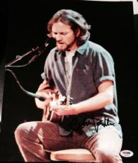 Eddie Vedder Signed Autograph Pearl Jam Guitar Stage 11x14 Photo Psa/dna Aa05907