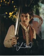 ELIJAH WOOD signed *THE LORD OF THE RINGS* FRODO 8X10 photo *PROOF* W/COA #2