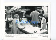 Elisabeth Shue Josh Brolin Kevin Bacon The Hollow Man Original Movie Press Photo