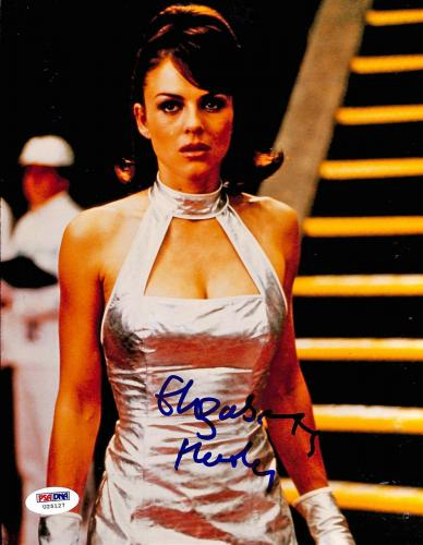 Elizabeth Hurley Austin Powers Signed 8X10 Photo PSA/DNA #U25127