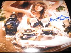 ELIZABETH HURLEY SIGNED AUTOGRAPH 8x10 PHOTO AUSTIN POWERS PROMO IN PERSON COA E