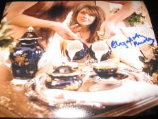 ELIZABETH HURLEY SIGNED AUTOGRAPH 8x10 PHOTO AUSTIN POWERS PROMO IN PERSON COA E