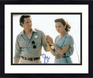 ELIZABETH PENA signed (LONE STAR) Movie *Pilar* 8X10 photo ACOA Authentic