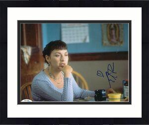 ELIZABETH PENA signed (RUSH HOUR) Movie 8X10 photo *Johnson* ACOA Authenticated