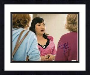 ELIZABETH PENA signed (THE PERFECT FAMILY) Movie 8X10 photo ACOA Authenticated