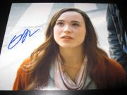 ELLEN PAGE SIGNED AUTOGRAPH 8x10 PHOTO JUNO PROMO IN PERSON RARE COA AUTO NY C