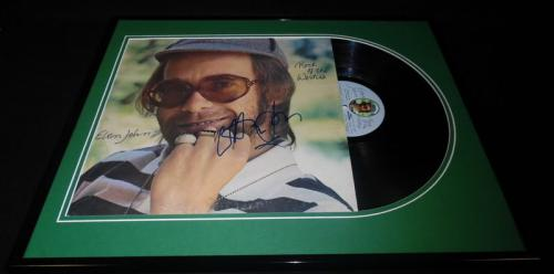 Elton John Signed Framed 1975 Rock of the Westies Record Album Display