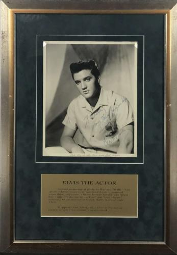 Elvis Presley Signed Autographed 8x10 Photograph Beckett BAS