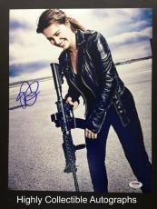 Emilia Clarke Signed 11x14 Photo Autograph Psa Dna Coa Terminator Genisys