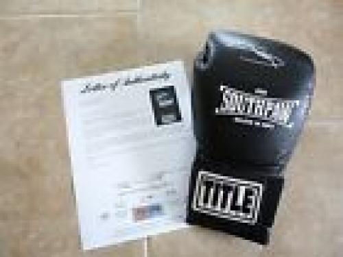 Eminem Marshall Mathers Southpaw Movie Promo Signed Boxing Glove PSA Certified