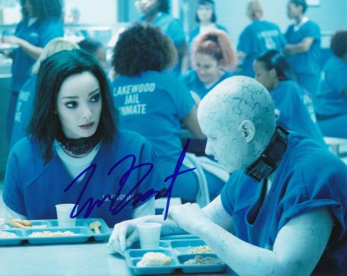"EMMA DUMONT signed (THE GIFTED) LORNA DANE *POLARIS* 8X10 photo W/COA ""PROOF"" #5"