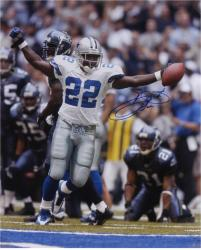 Emmitt Smith Dallas Cowboys Autographed 16'' x 20'' Arms Out Photograph - Mounted Memories