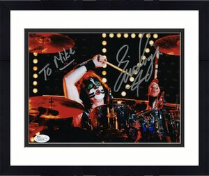 ERIC SINGER HAND SIGNED 8x10 COLOR PHOTO       KISS DRUMMER      TO MIKE     JSA