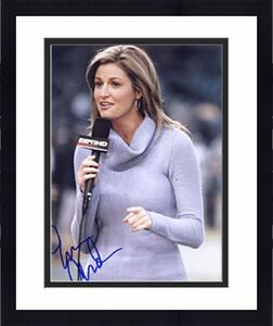 Erin Andrews Autographed Celebrity 8x10 Photo