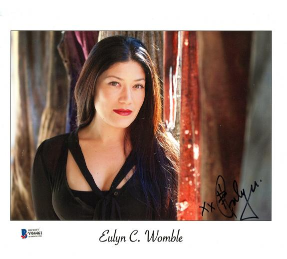 Eulyn Womble Signed The Walking Dead Unframed 8×10 Photo