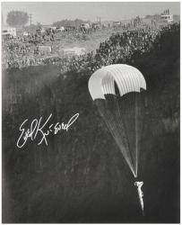 Evel Knievel Autographed 16'' x 20'' Snake River Photograph