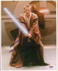 "EWAN McGREGOR ""Obi Wan Kenobi"" Signed STAR WARS 8x10 Photo PSA/DNA #AA32576"