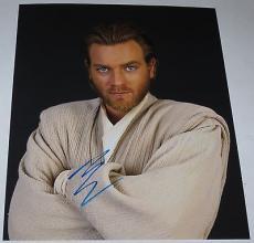 EWAN MCGREGOR SIGNED 8X10 PHOTO Obi-Wan Kenobi STAR WARS AUTOGRAPH COA B